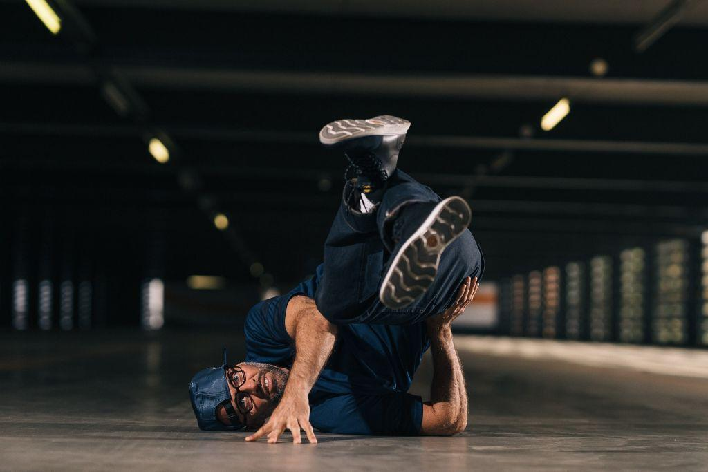 "Niels ""Storm"" Robitzky - Tänzer Hip-Hop, B-Boying, Locking und Popping."